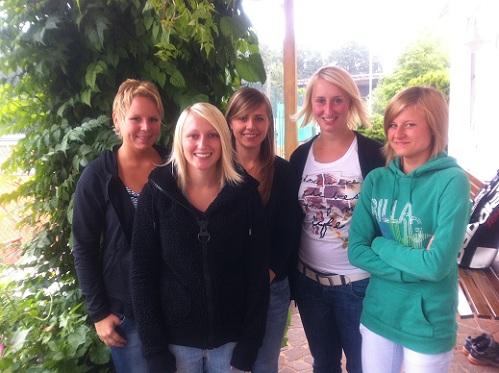 Damen 2 2011