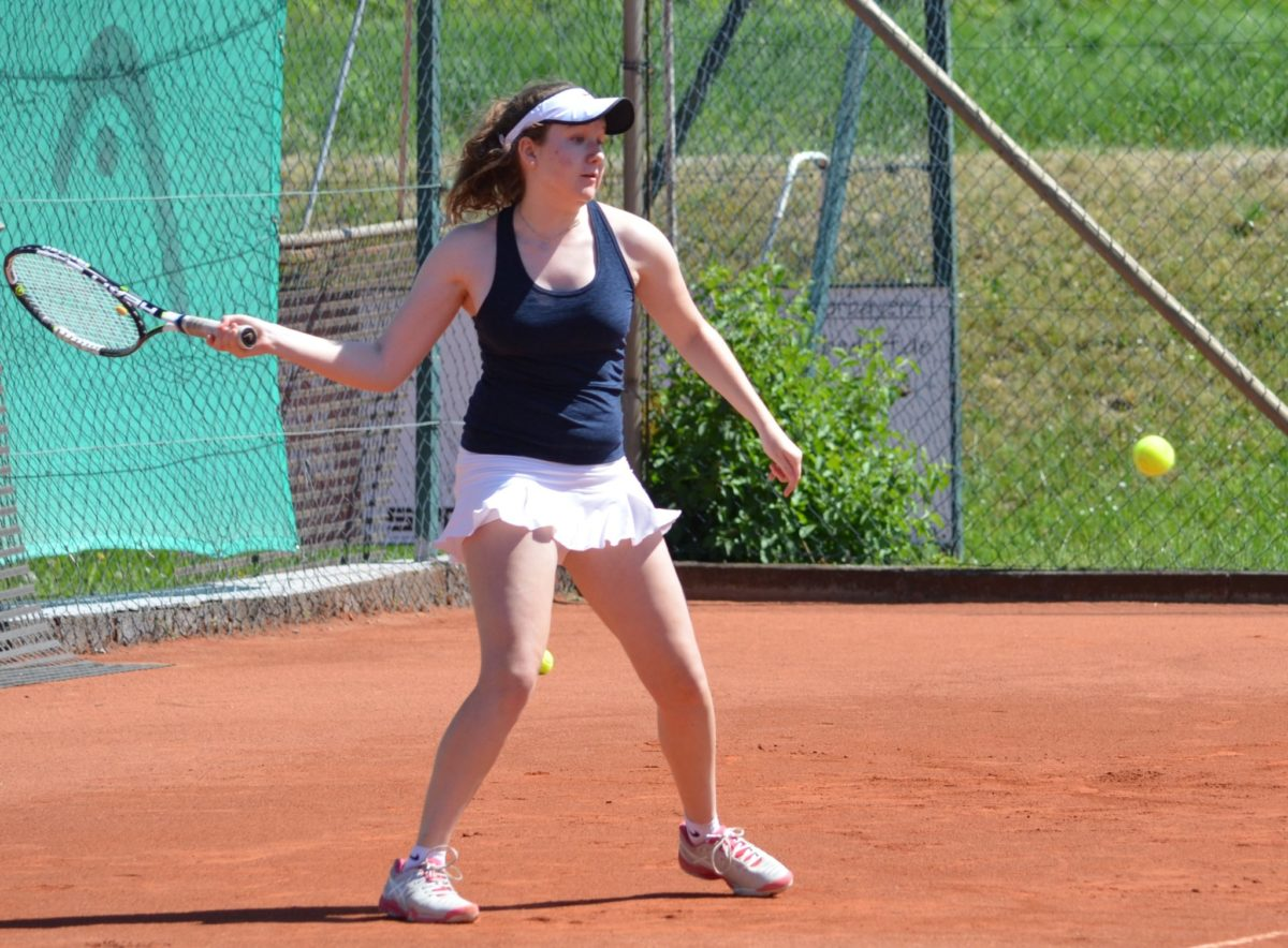 Knapp, aber dennoch endgültig: Clara Drasch und ihre Teamkolleginnen sind aus der Tennis-Bayernliga abgestiegen.