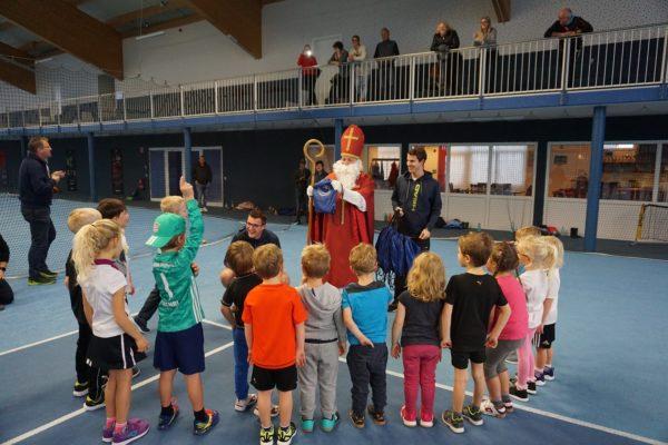 Nikolaus besucht Training des TC Hengersberg